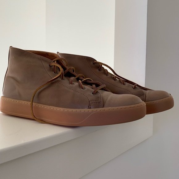 0b4e82a726 Rancourt   Co. Leather Court Classic Mid Sneakers.  M 5c06f3d42e147800bb3a1b7d